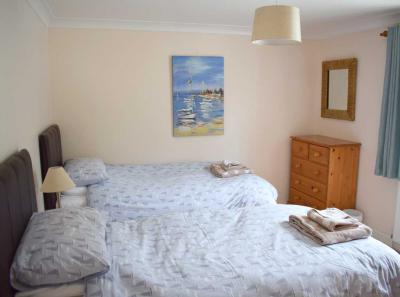 The Moorings bedroom 2
